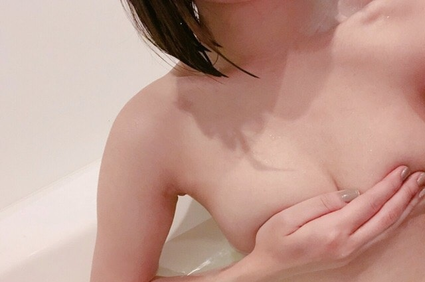 変態女子大生のお風呂